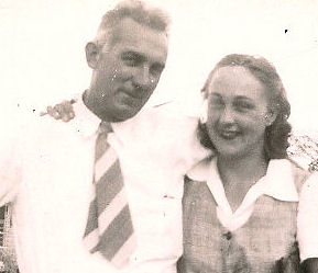 1943 mom and dad